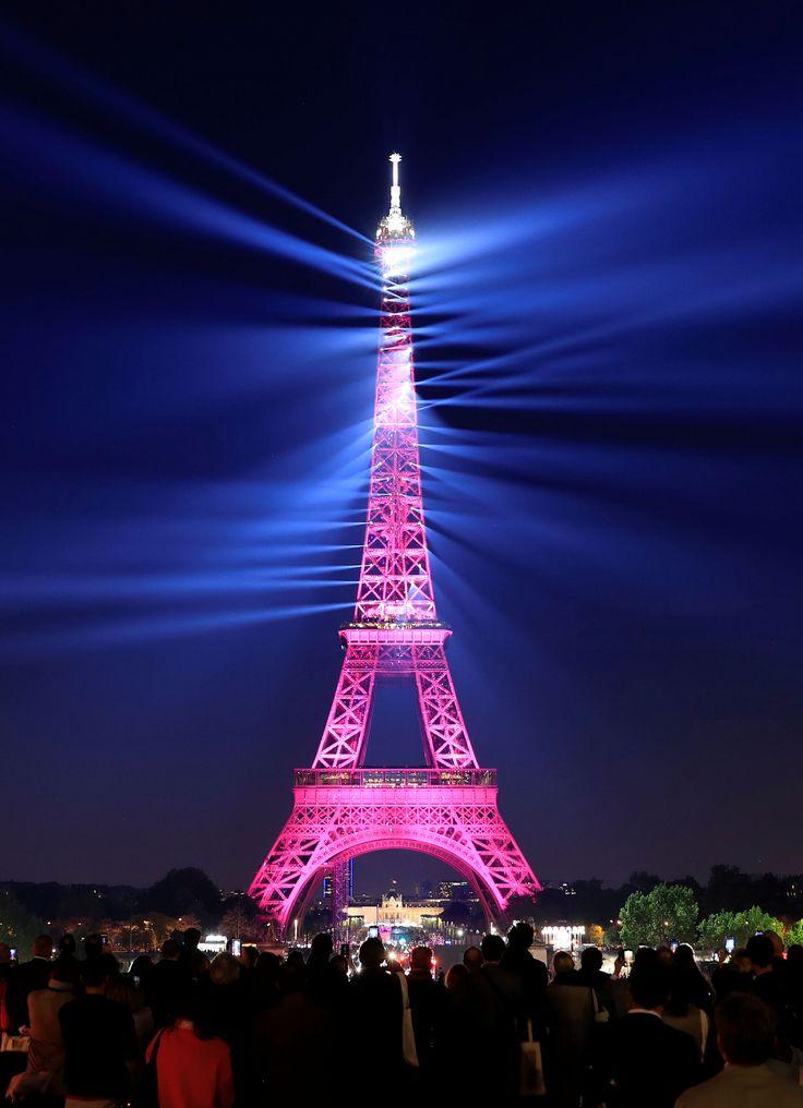 La espectacular celebración por los 130 años de la Torre Eiffel