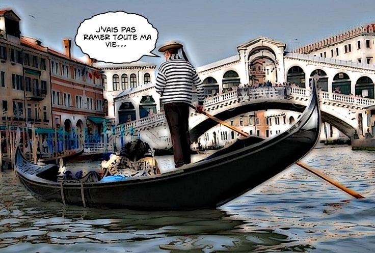 Les fameuses gondoles vénitiennes sont toutes de la même couleur : noire. Un décret pris par les doges en 1562 pour une raison assez surprenante.