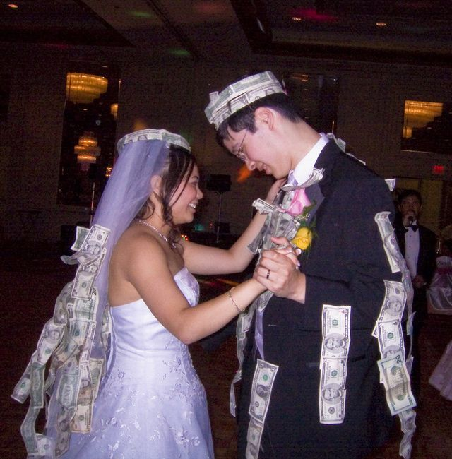 Wedding Money Dance In exchange for a few fun-filled seconds whirling around the dance floor with the bride or groom, guests can either pin cash on the newlywed couple's clothing, toss coins into the bride's shoes or tuck bills into a dainty satin satchel that the bride wears around her wrist. Read more at http://weddingtraditions.about.com/od/ReceptionRituals/a/Wedding-Money-Dance.htm.