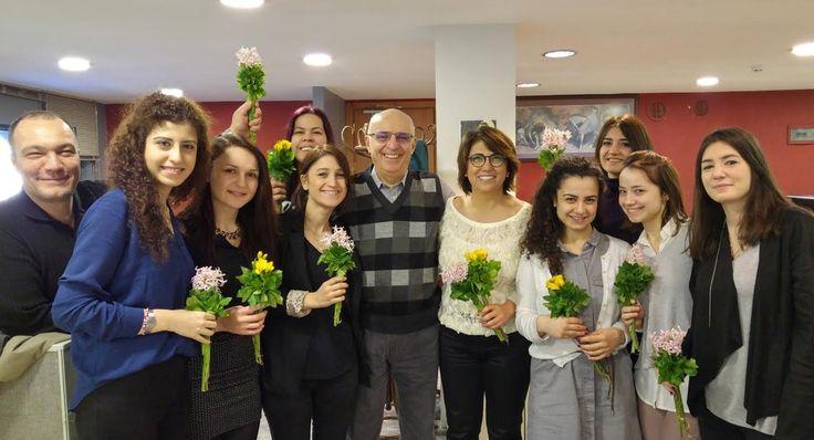 DBE #DünyaKadınlarGünü 'nü Kutluyor. Çiçekler için Eğitmenimiz Kaya Turhanoğlu'na teşekkürler. #TürkiyedeKadınOlmak