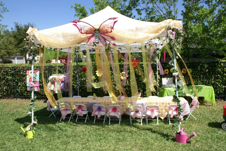 Love the way the tent is decorated