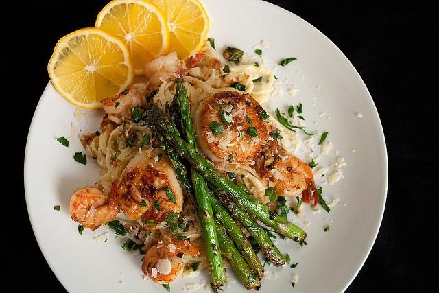 scallop & shrimp linguine