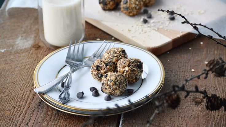 Boules d'énergie au beurre d'arachides et chocolat