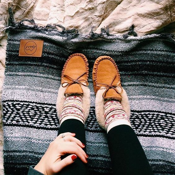 | slippers & blanket |