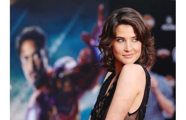 """Photo collection of celebrity Cobie Smulders, one of the hottest women in Hollywood. Cobie Smulders is the Canadian actress best known as Robin Scherbatsky on the CBS sitcom """"How I Met Your Mother."""" Named after a great-aunt Jacoba, she is of Dutch and English descent. In 2012, Smuld..."""