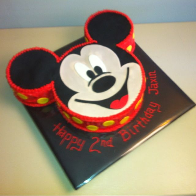 Pictures Of Mickey Mouse Face Cakes : 25+ best ideas about Mickey Mouse Birthday Cake on ...