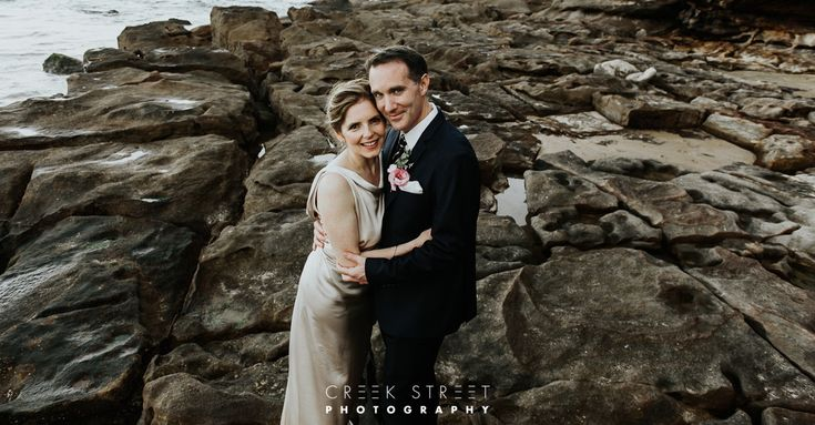 Belinda & Simon were married and held the Wedding reception at Freshwater SLSC.... more about this Freshwater Surf Life Saving CLub Wedding Later.....