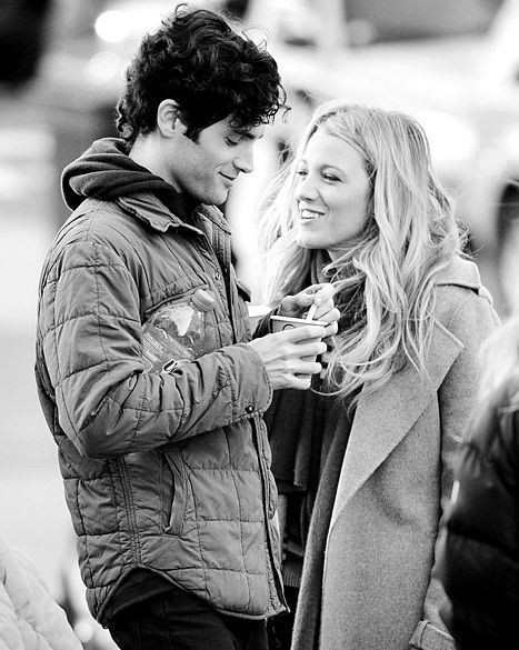 loved them as a real life couple. Blake Lively & Penn Badgley.