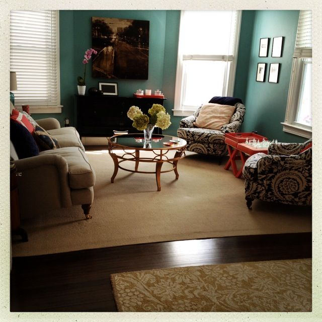 Teal Living Room Accent Wall: Best 25+ Coral Living Rooms Ideas On Pinterest