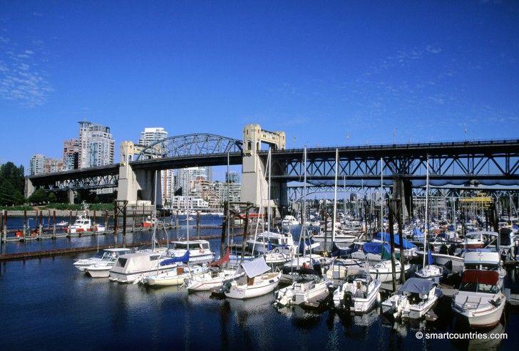Burrard Bridge, Vancouver, Canada.