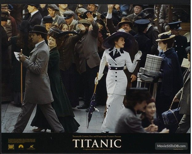 Titanic - Lobby card with Kate Winslet, Frances Fisher & Billy Zane