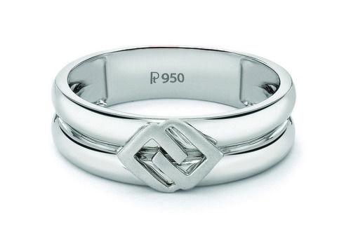 Plain Platinum Ring for Gentlemen by Suranas Jewelove. http://platinum.suranasjewelove.com/shop/platinum-wedding-bands/plain-platinum-ring-gentlemen