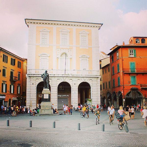 Piazza Garibaldi - Pisa #pisa #tuscany #street #moments #travel http://instagram.com/p/seeSKVCdGR/