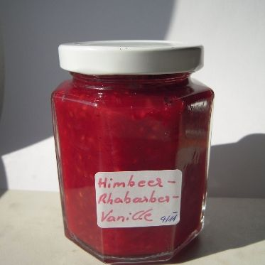 Rhabarber- Himbeer- Vanille- Marmelade