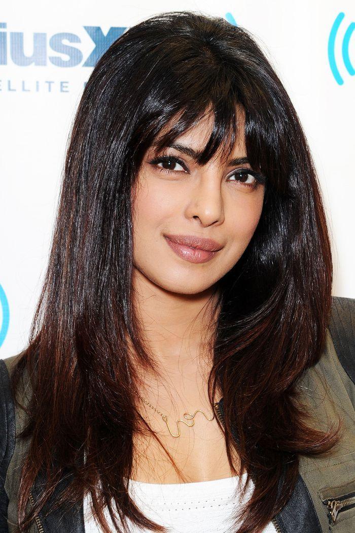 15 Of Priyanka Chopra S Best Ever Hair Looks Priyanka Chopra Hair Hair Looks Cool Hairstyles