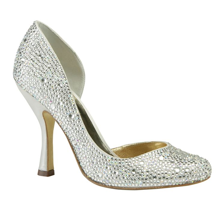 This classic crystal beaded shoe is perfect for dance floor! It also takes  great pictures