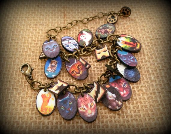 The Warrior Cats are a popular book series for pre-teens and teens alike.  This unique bracelet fills the bill for any serious Warrior Cats fan. What