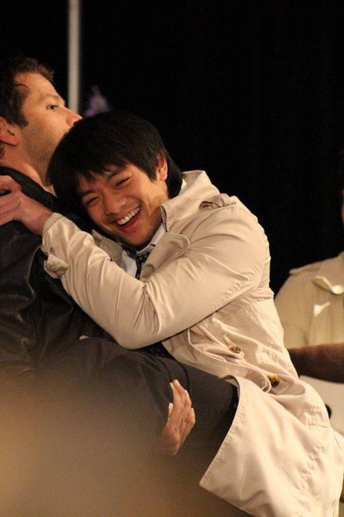 Misha  carrying Osric cosplaying Castiel  #ChiCon2013