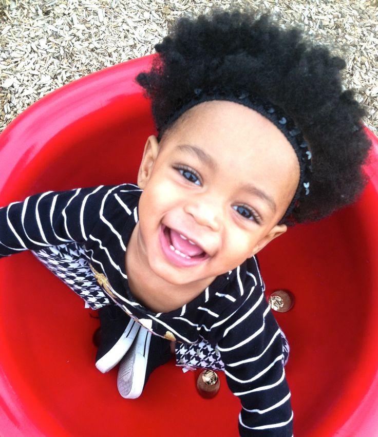 Toddler picture ideas... #naturalphotos #fashion #style #beautiful #colorphotos #blackandwhitephotos #afro #universityoftexas #nature #mylove #mommysgirl #toddler #pictures #adorable #photography