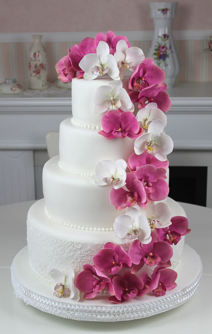 round wedding cakes pictures 25 best ideas about wedding cakes on 19330