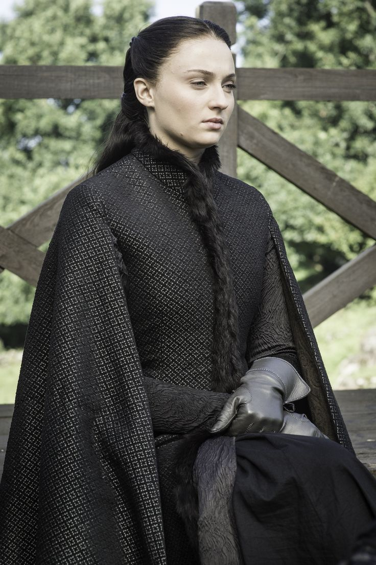 All the Fashion in the 'Game of Thrones' Season 5 Premiere Episode