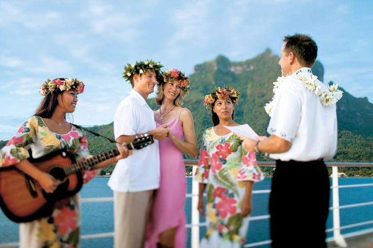 Paul Gauguin Cruises offer a complimentary honeymoon package to honeymooners sailing the islands of Tahiti, French Polynesia, and Fiji aboard our award-winning ship.