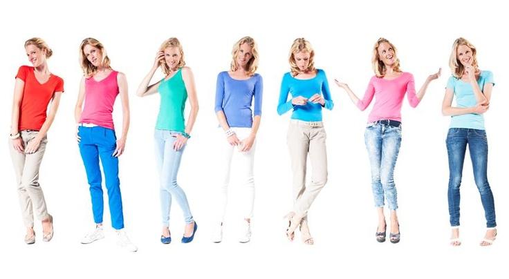 Qolors doneert 10 gloednieuwe perfect basic t-hirts in diverse kleuren voor de veiling op 26 november. Zijn ze niet mooi?