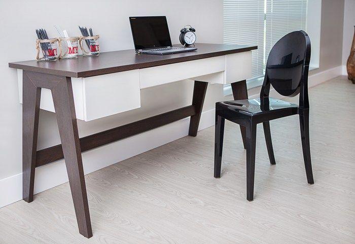 Escrivaninha da Artesano para quem precisa de um local adequado no quarto ou na sala para estudar ou trabalhar. A mesa tem tampo e estrutura em MDF resistente e revestimento com acabamento acrílico para melhor durabilidade.