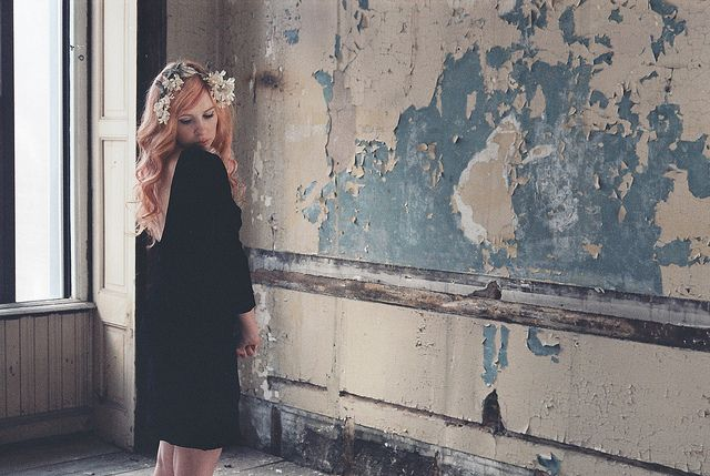 Amazing hair/dress/room/everything. Alexandra Grecco AW12 peek, photo by Alexandra.
