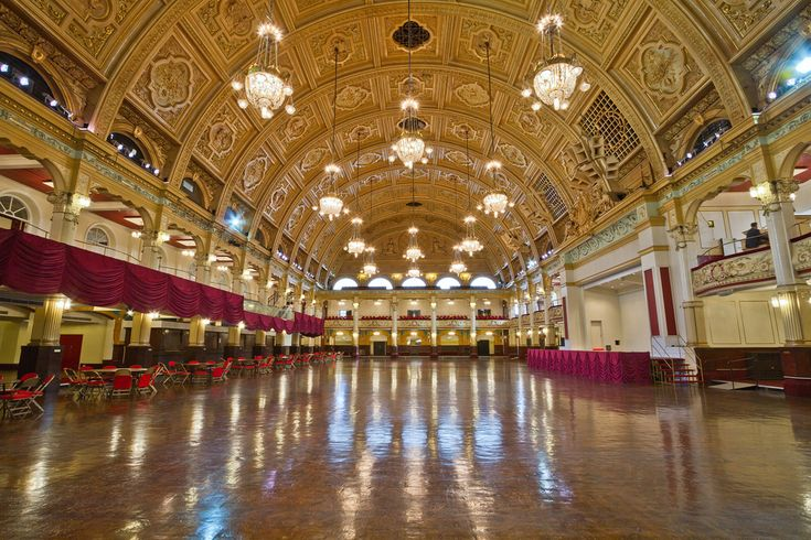 The Winter Gardens Empress Ballroom Blackpool Lancashire England [OC][5184x3456]