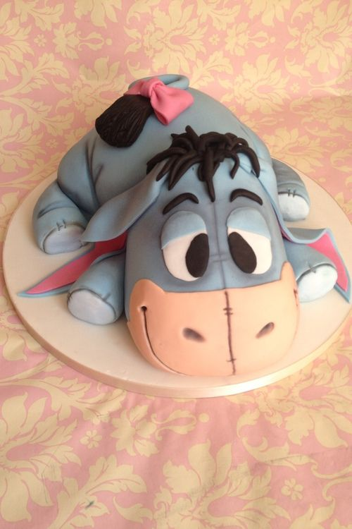 Baby Eeyore cake. wish i was skilled enough to make this for my daughter. she still loves him after 11 years!