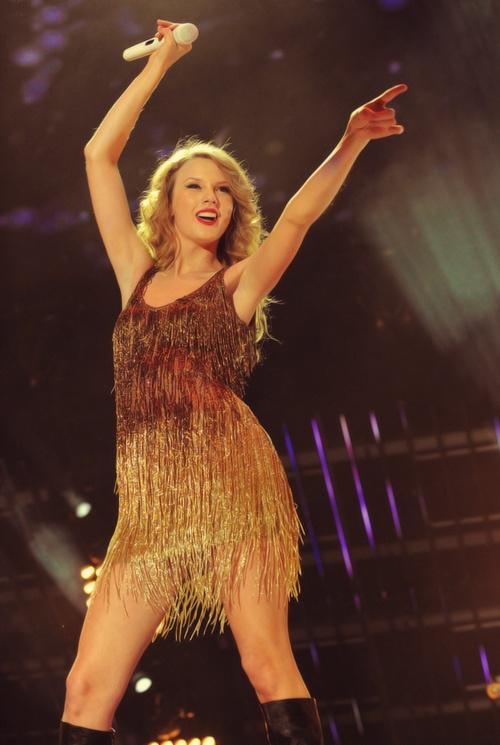 87 best Taylor Swift Speak Now Era images on Pinterest ...