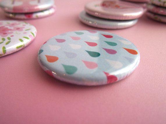 """Funny and cute magnet """" Raindrop """" 32  mm / Aimant gouttes de pluie"""