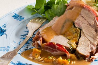 Stuffed fillet of pork recipe, NZ Woman's Weekly – It's so easy to buy a good scotch fillet of pork, stuff it, wrap it in bacon, then slice and serve over a ginger kumara mash with a drizzle of light sauce – foodhub.co.nz