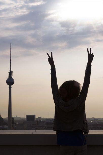 Der Youthful Cities Index bewertet Metropolen hinsichtlich ihrer Attraktivität für junge Menschen. Eine deutsche Stadt landete im Ranking weit vorne.