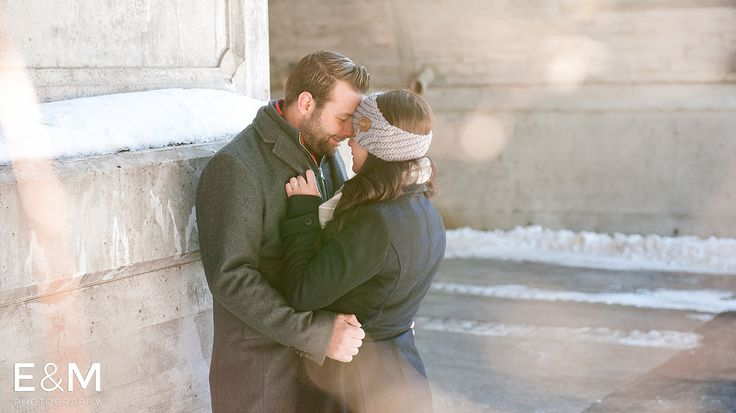 ROXANNE & CHRIS ENGAGEMENT PHOTOS IN OLD OTTAWA SOUTH | Ottawa Wedding Photographer E&M Photography