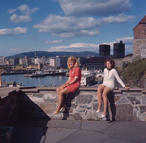 Akershus festning, Oslo, Norway. August 1969. View of Rådhuset, Vika and Vestbanen. Photo: Paul A. Røstad / Owner: DEXTRA Photo