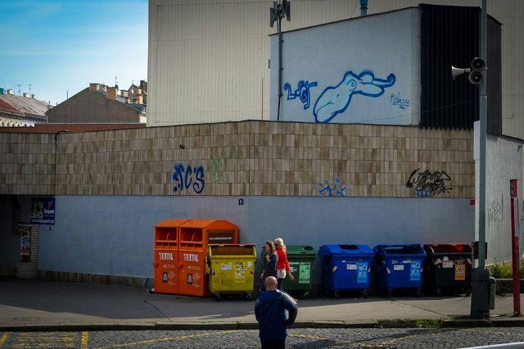 graffiti  street art in prag im florenc viertel  urbanpresents  streetart urbex graffiti