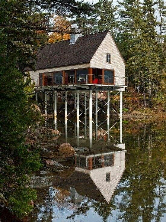 1000 images about stilt houses on pinterest house on for Log cabin homes on stilts