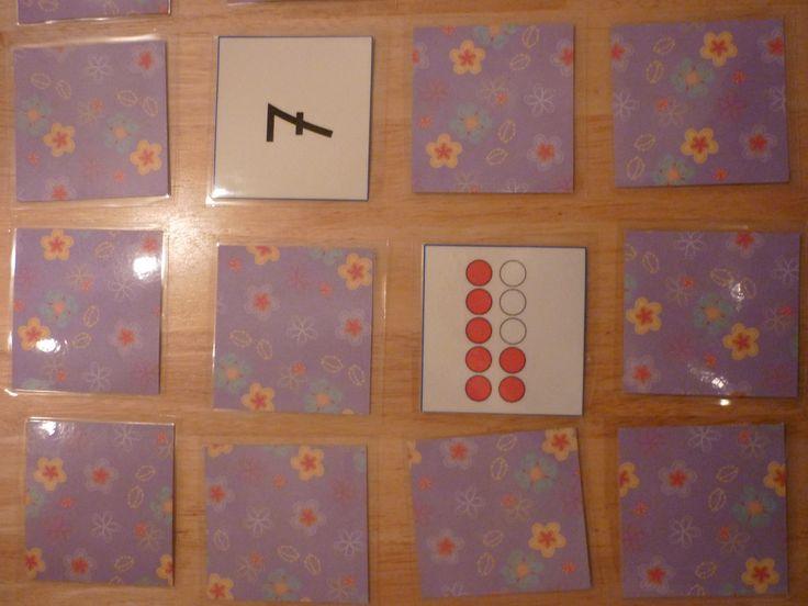 Memory: zoek je twee kaartjes die bij elkaar horen. Gevonden? Dan zijn de kaartjes voor jou en mag je nog een keer! Anders moet je ze weer omdraaien en is de ander aan de beurt. Wie verzamelt de meeste kaartjes?