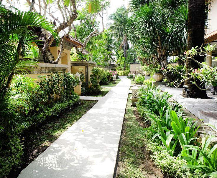 From Balinese houses, private pools, and lush greeneries all around, #TheTanjungBenoaBeachResort is the embodiment of tropical luxury.   #thetanjungbenoa #TheTaoBali #bali