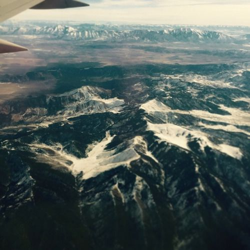 Landing with the team at Salt Lake City for @outdoorretailer market. Those mountains though #gramicci #landscape #outside #outdoors #beautiful #nature #adventure #flight #snow #climbing #fashion #menswear #style #instafashion #instacool #yoga (at Slat Lake City , UT)