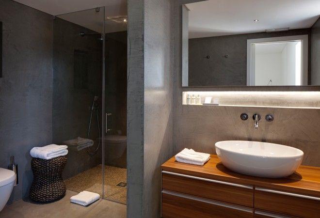 Bathroom of Penthouse Apartment in the Fazenda Nova Country House, Algarve, Portugal