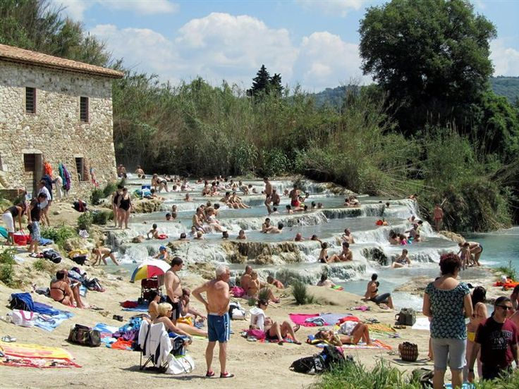 Cascatelle - Saturnia (GR) - Italia http://www.camperotto.com/newsletter/7/newsletter.html