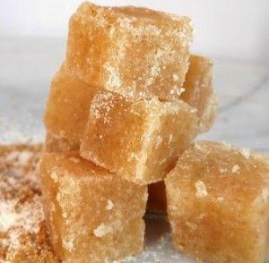 Сахарный скраб кубиками, МК Здоровье и красота нашей кожи зависят от того, как и чем мы ее очищаем.  Сахарные скрабы отлично подходят для очищения кожи от слоя отмерших клеток. Они выравнивают кожу, придают  свежесть и здоровый вид. И делать такие скрабы лучше дома, самой.