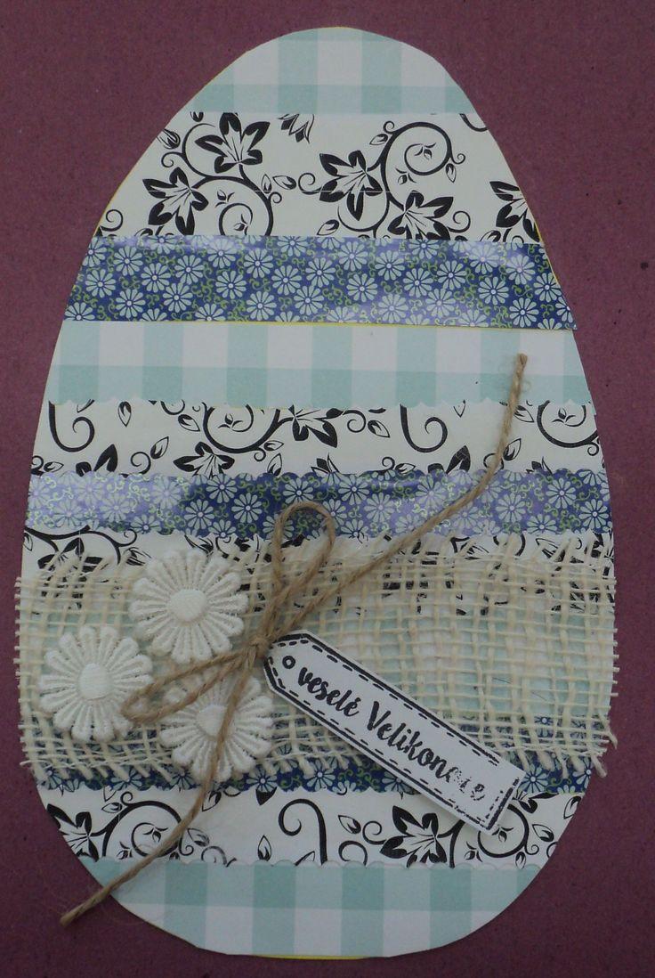 Velikonoční vajíčko (koláž) - vzorované papíry, jutová stuha, provázek, květy a razítko