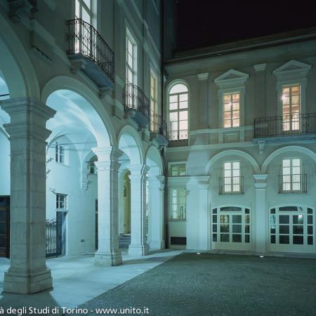 Facciata di Palazzo Badini Confalonieri, via Verdi 8, sede del Dipartimento di Psicologia dell'Università