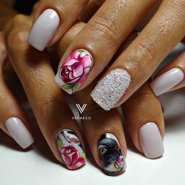 Caviar nails, Evening nails, flower nail art, Ideas of evening nails, Ideas of winter nails, Medium nails, Nails ideas with flowers, Sandy nails