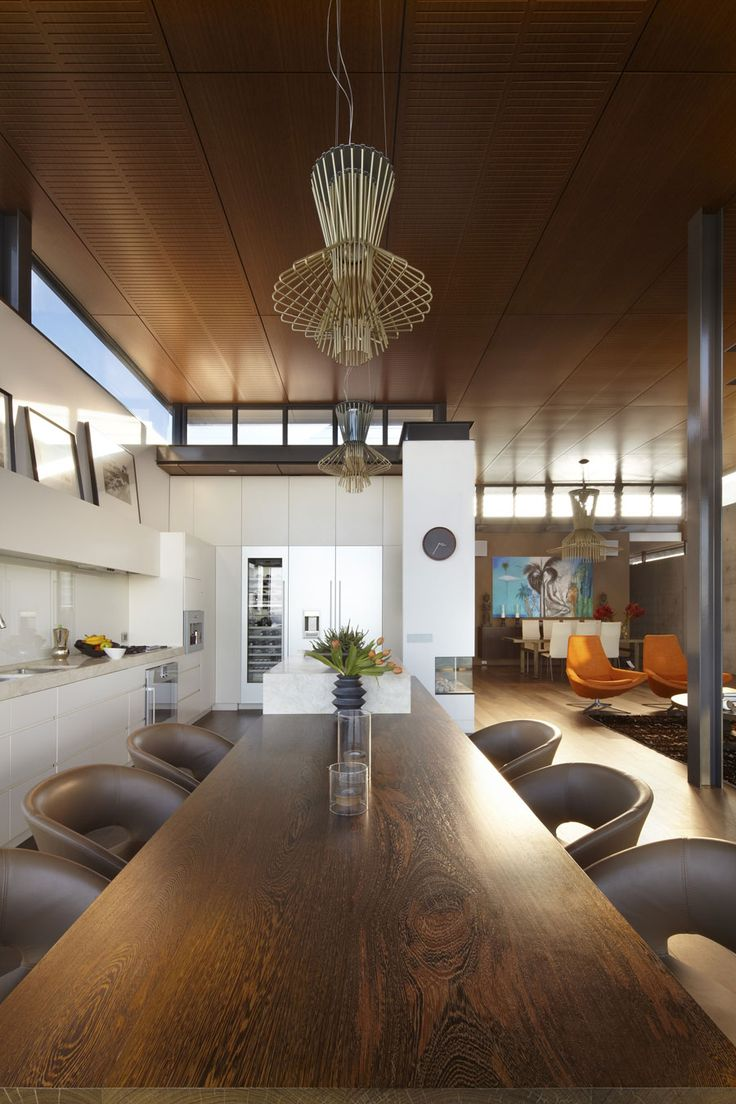 key to dark floors and ceilings is to let the light shine in so you can appreciate the color. :) Bronte House by Rolf Ockert Design