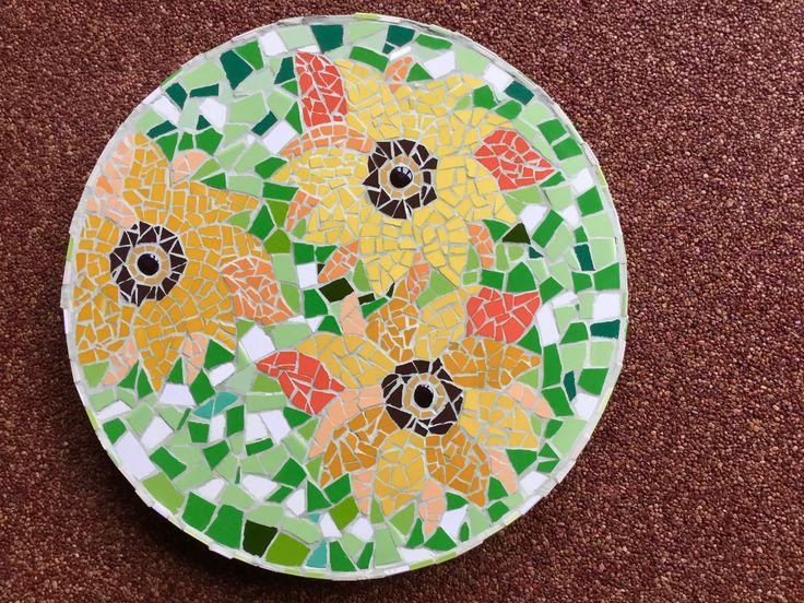 Voor Rosalie en Maurice, zonnebloemenschaal
